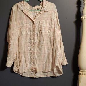 Levis womens shirt